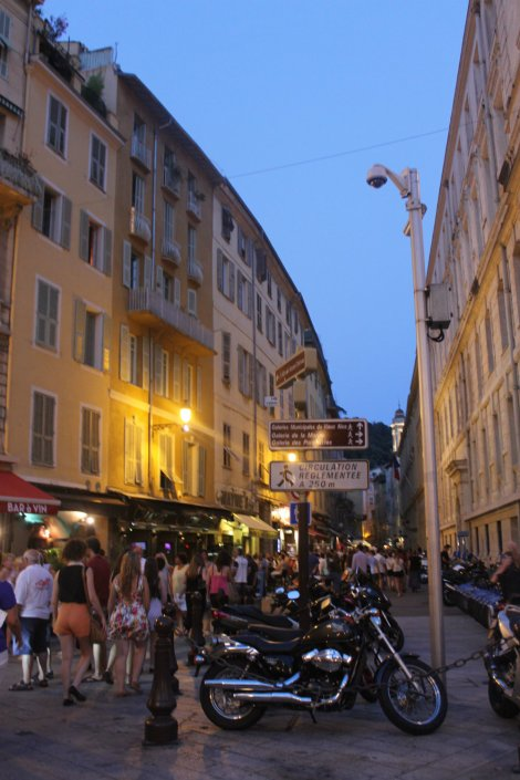 Dusk settling over the streets of Nice.